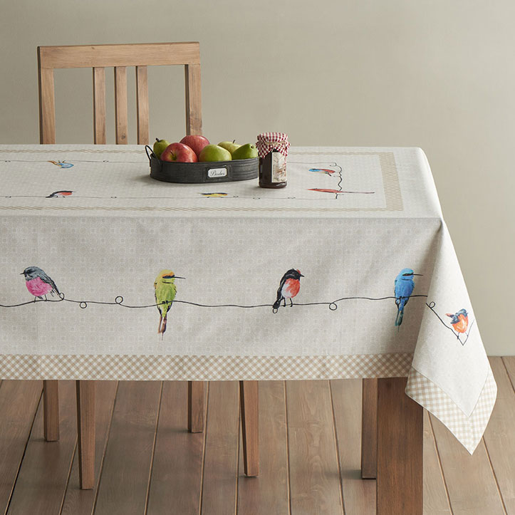 01-Birdies-on-Wire-Tablecloth