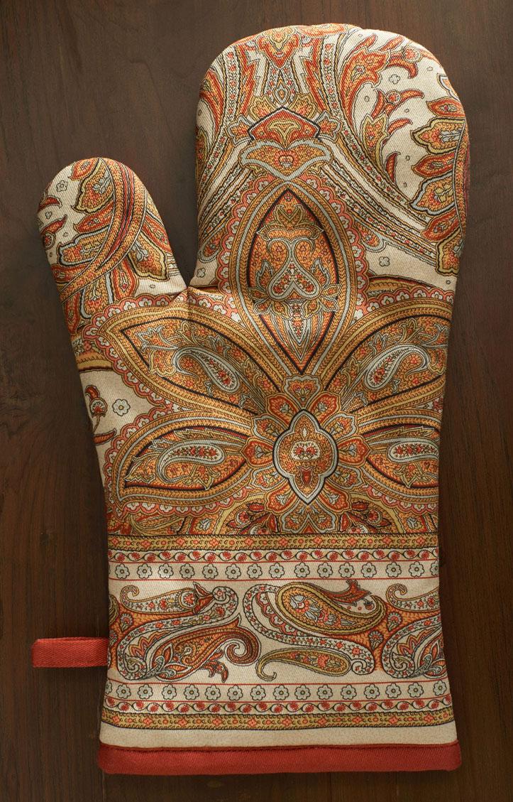 01-Kashmir-Paisley-glove