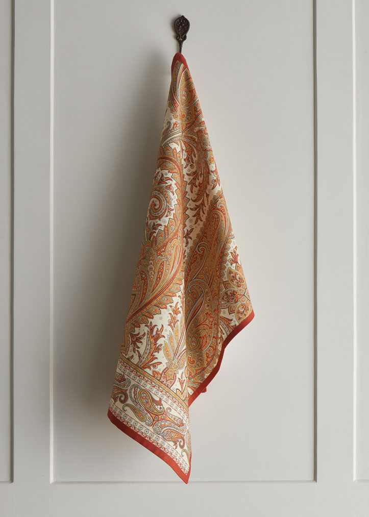 02-Kashmiri-Paisley-kitchen-towel