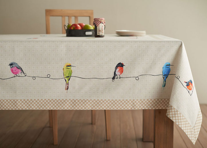 03-Birdies-on-Wire-Tablecloth-1024x731