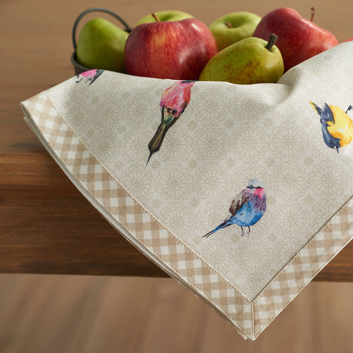04-Birdies-on-Wire-Napkin
