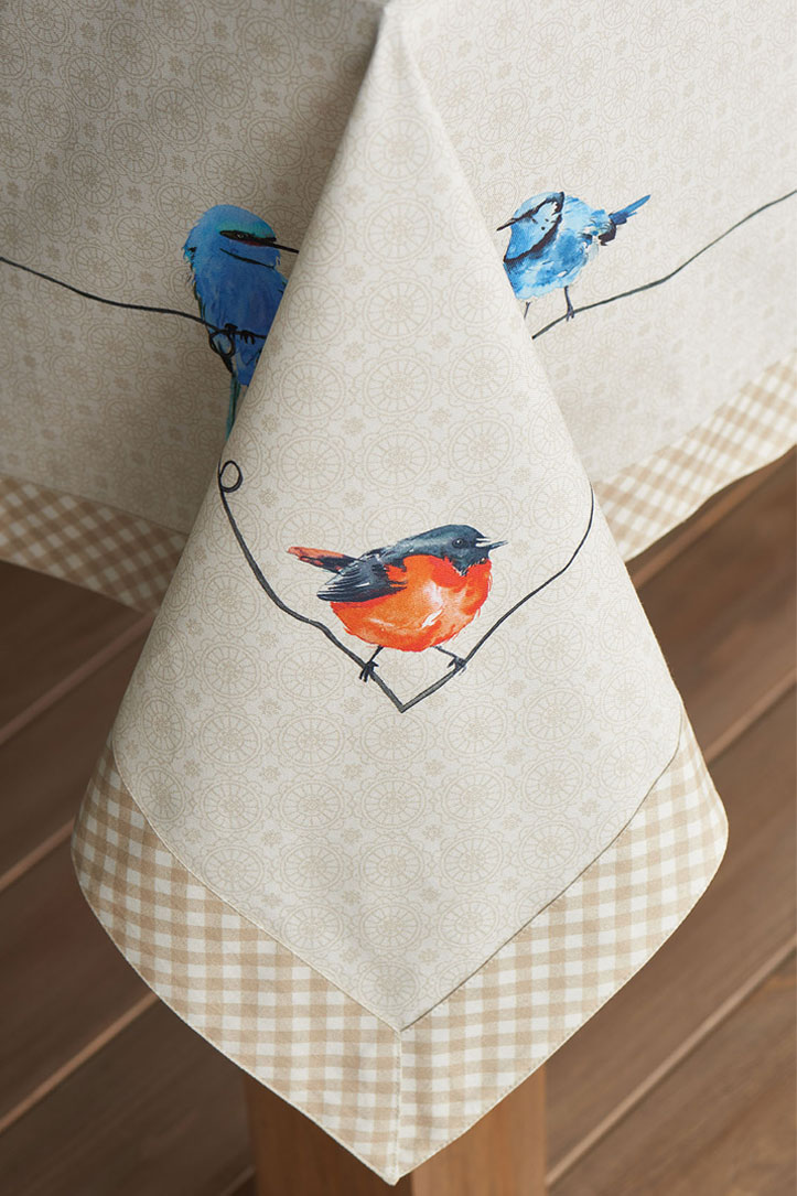 04-Birdies-on-Wire-Tablecloth