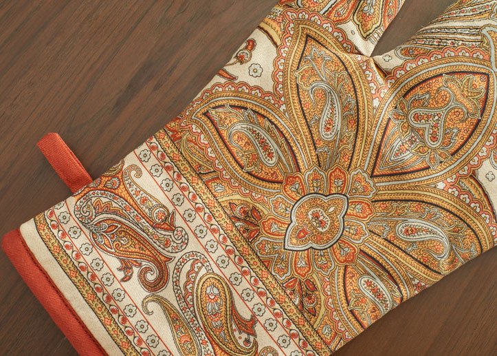 04-Kashmir-Paisley-glove