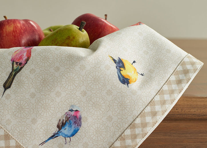 05-Birdies-on-Wire-Napkin