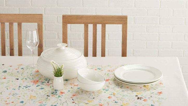 05-Colmar-Tablecloth