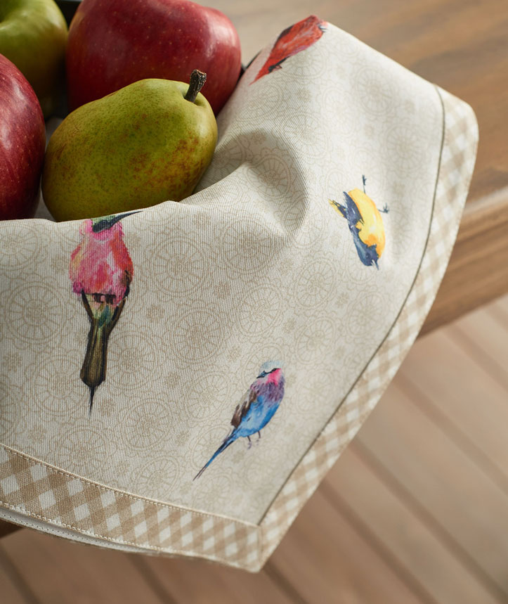 06-Birdies-on-Wire-Napkin