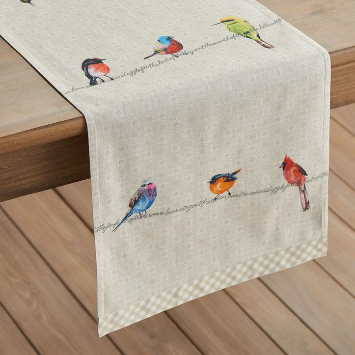 06-Birdies-on-Wire-Table-Runner