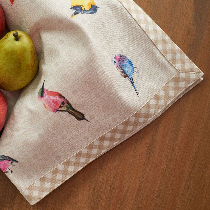 07-Birdies-on-Wire-Napkin