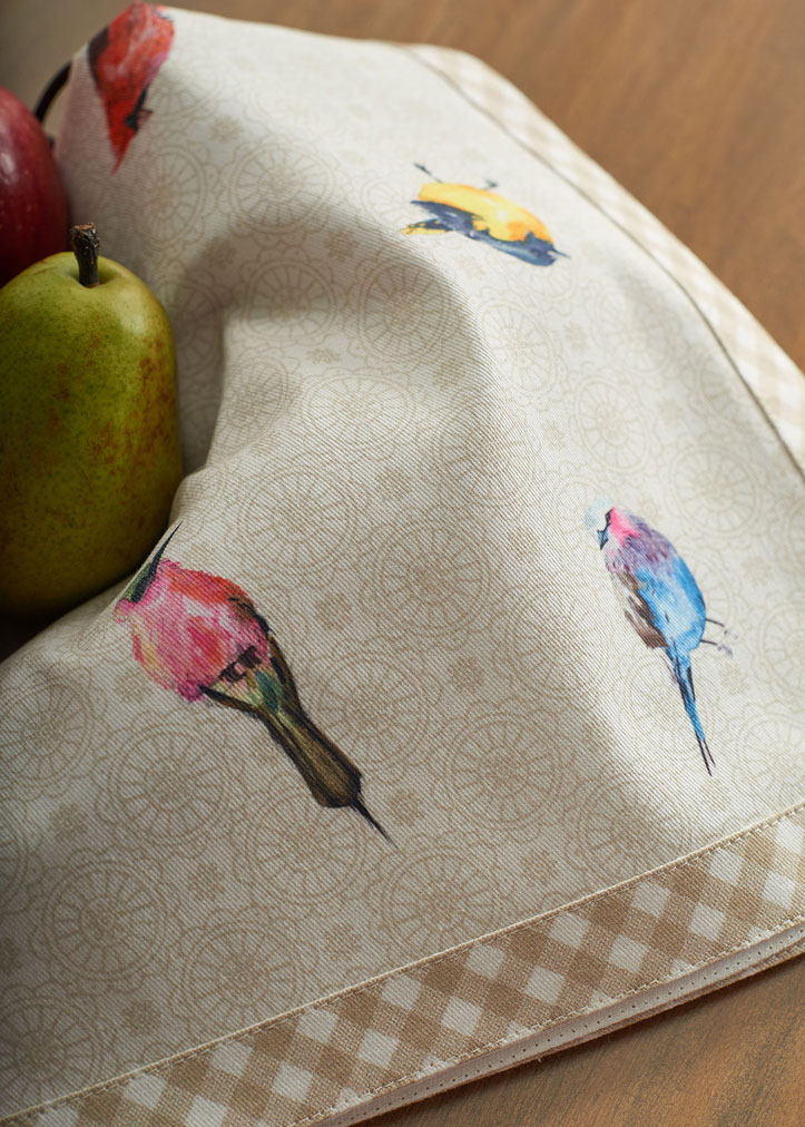 08-Birdies-on-Wire-Napkin