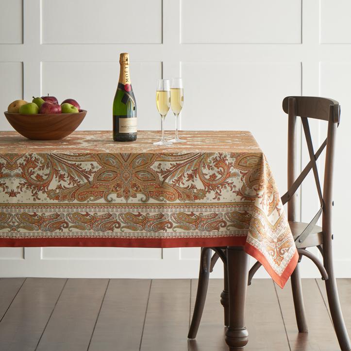 Kashmiri-Paislye-tablecloth-01